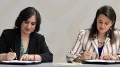 Firma de convenio entre el SAT y Secretaría de Función Públic