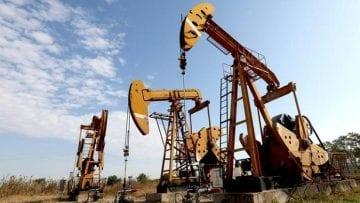 En la imagen de archivo una bomba de petróleo se ven en un campo petrolífero en Huaian, provincia de Jiangsu, China