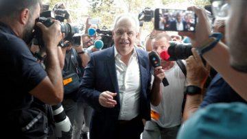 Javier Aguirre es absuelto por amaños en España